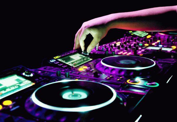 Сколько можно копировать: мифы об авторских правах на музыку || Законы об авторском праве на песню